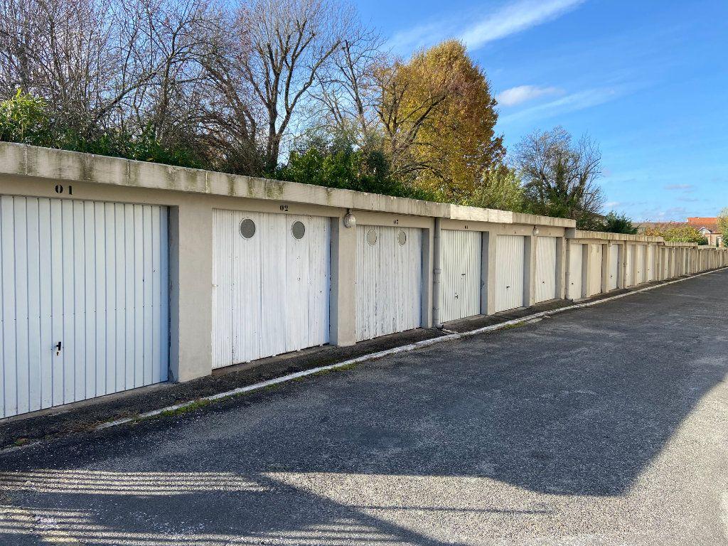Stationnement à vendre 0 14m2 à Montauban vignette-1