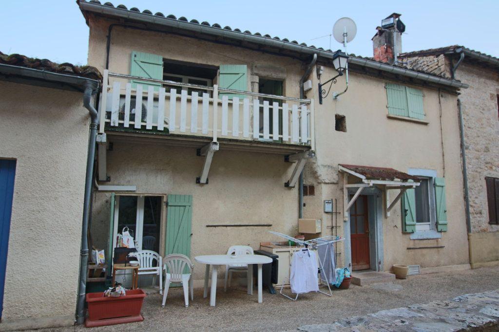 Maison à vendre 5 105m2 à Varen vignette-2