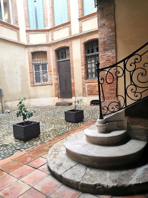 Appartement à vendre 5 212.76m2 à Montauban vignette-5