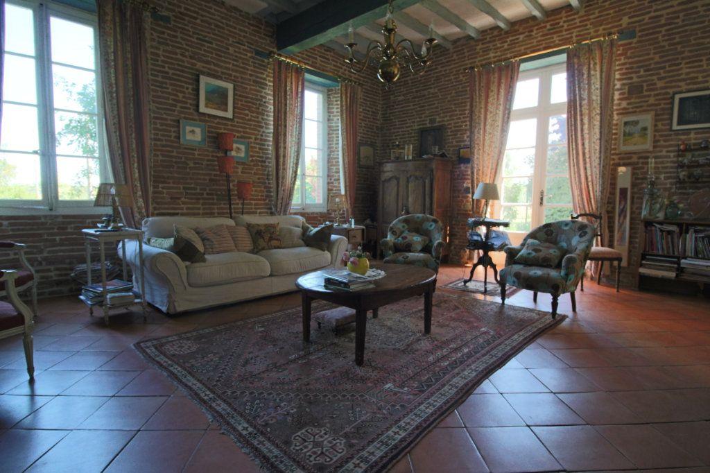 Maison à vendre 9 293m2 à Montauban vignette-3