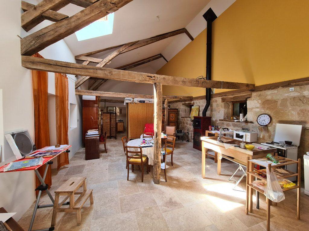 Maison à vendre 10 350m2 à Castelnau-Montratier vignette-3