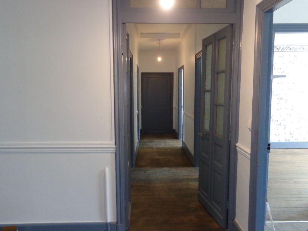 Appartement à louer 4 117m2 à Caussade vignette-5
