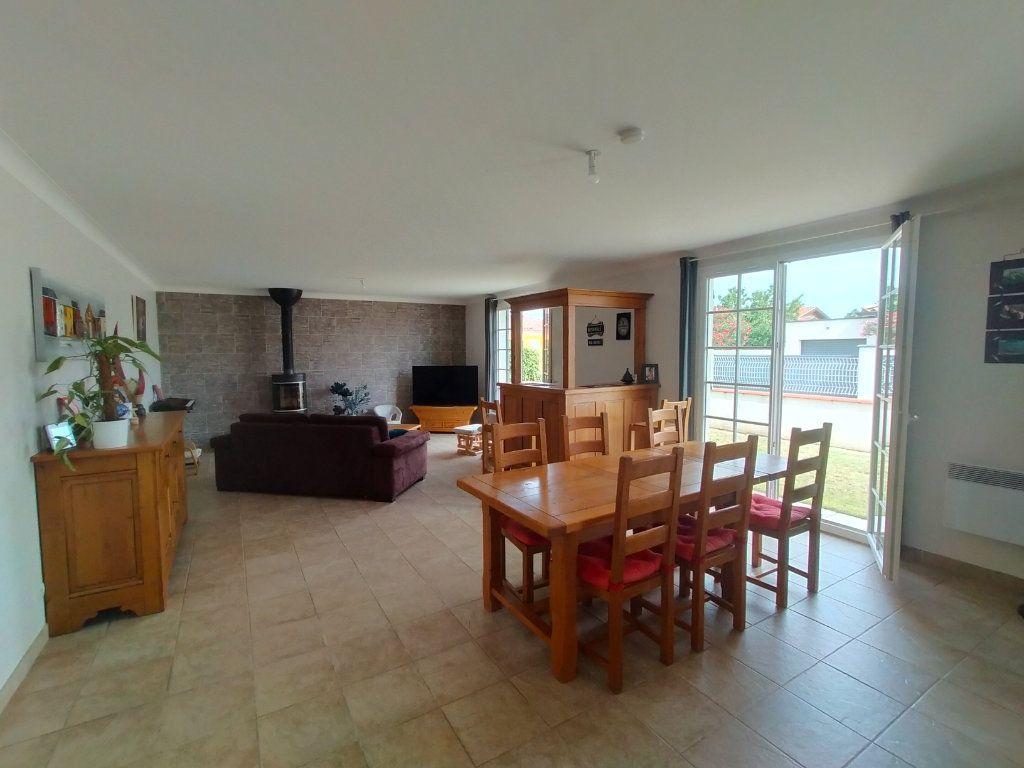 Maison à louer 6 166.3m2 à Montauban vignette-3
