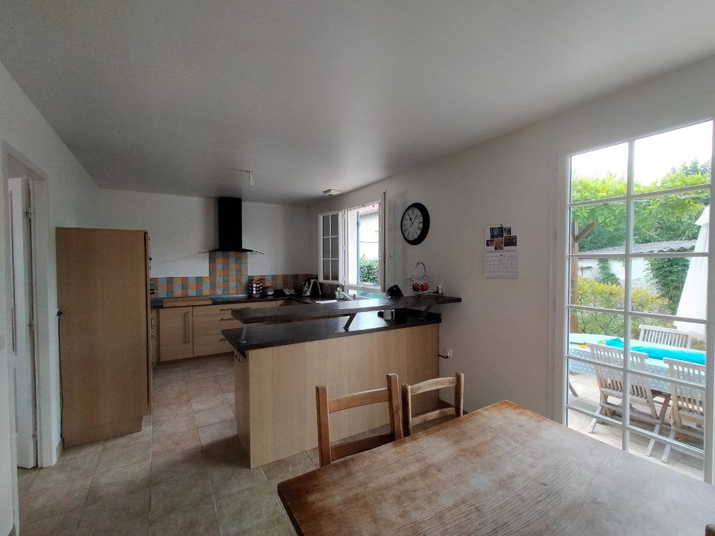 Maison à louer 6 166.3m2 à Montauban vignette-5