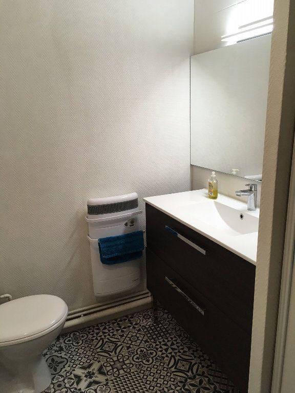 Appartement à louer 2 41m2 à Montauban vignette-4