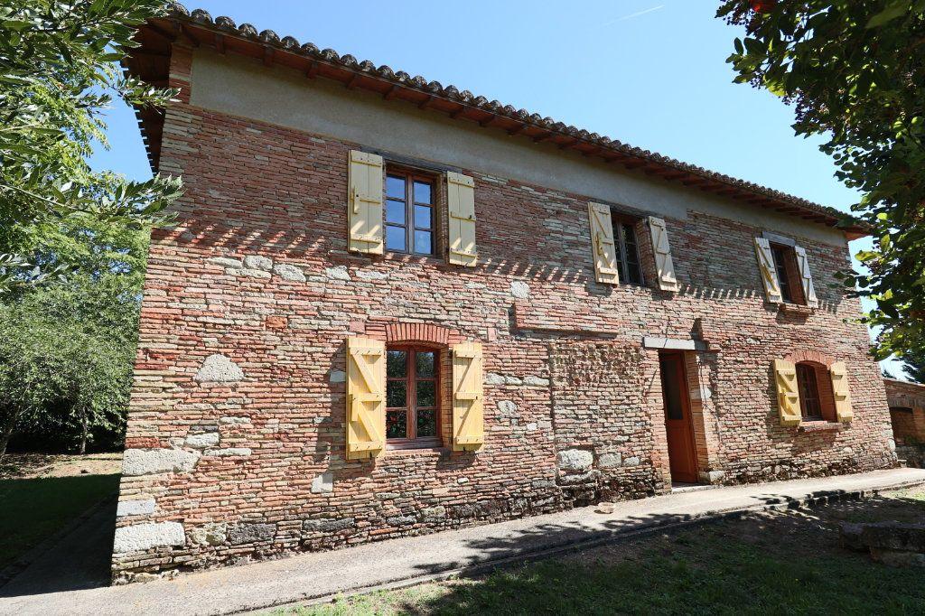 Maison à vendre 5 215m2 à Montauban vignette-1
