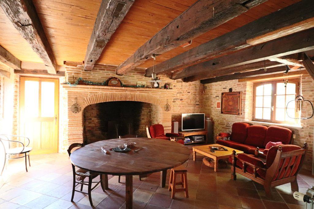 Maison à vendre 5 215m2 à Montauban vignette-7