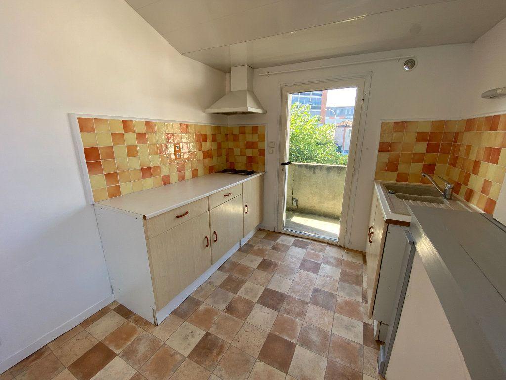 Appartement à louer 1 29.66m2 à Montauban vignette-2