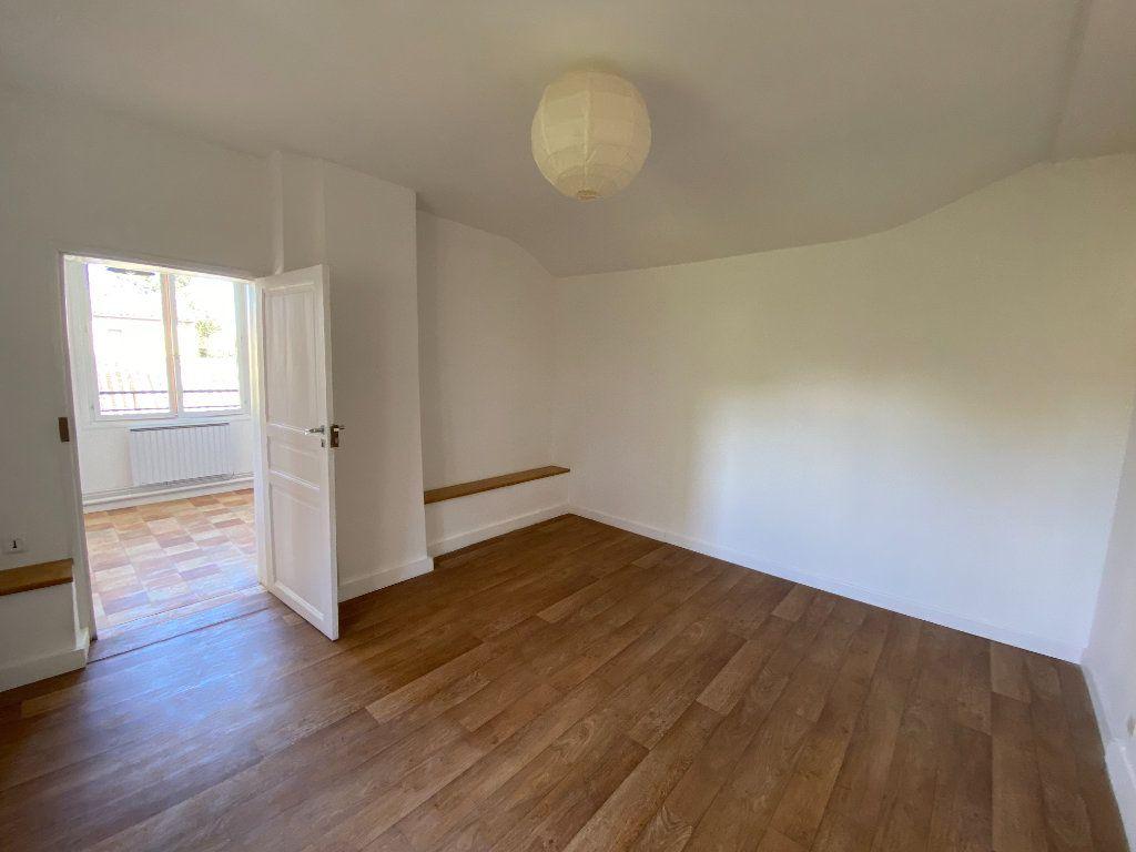 Appartement à louer 1 29.66m2 à Montauban vignette-3