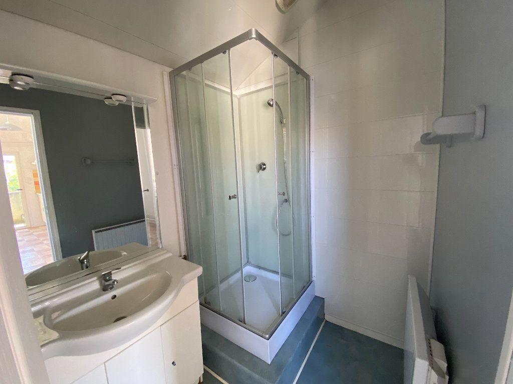 Appartement à louer 1 29.66m2 à Montauban vignette-4