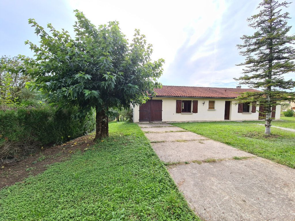 Maison à vendre 4 105m2 à Caussade vignette-1