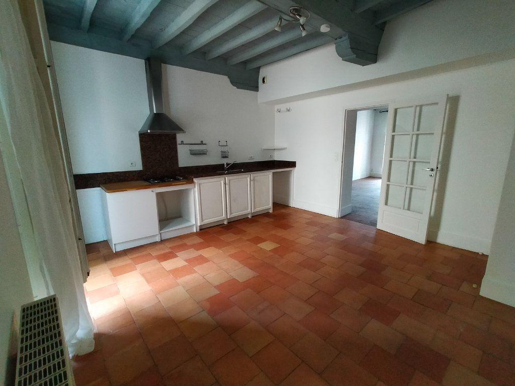 Appartement à louer 4 75m2 à Montauban vignette-4