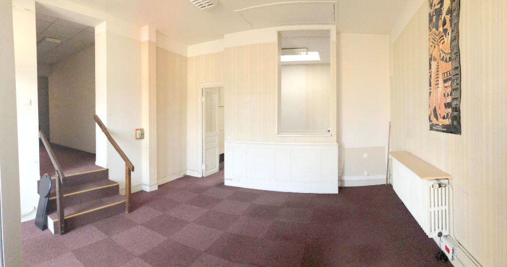 Maison à vendre 8 206m2 à Sully-sur-Loire vignette-1