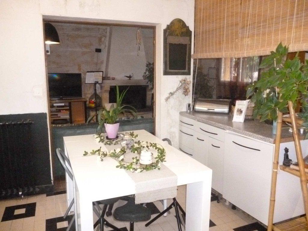 Maison à vendre 6 120m2 à Varennes-Changy vignette-1