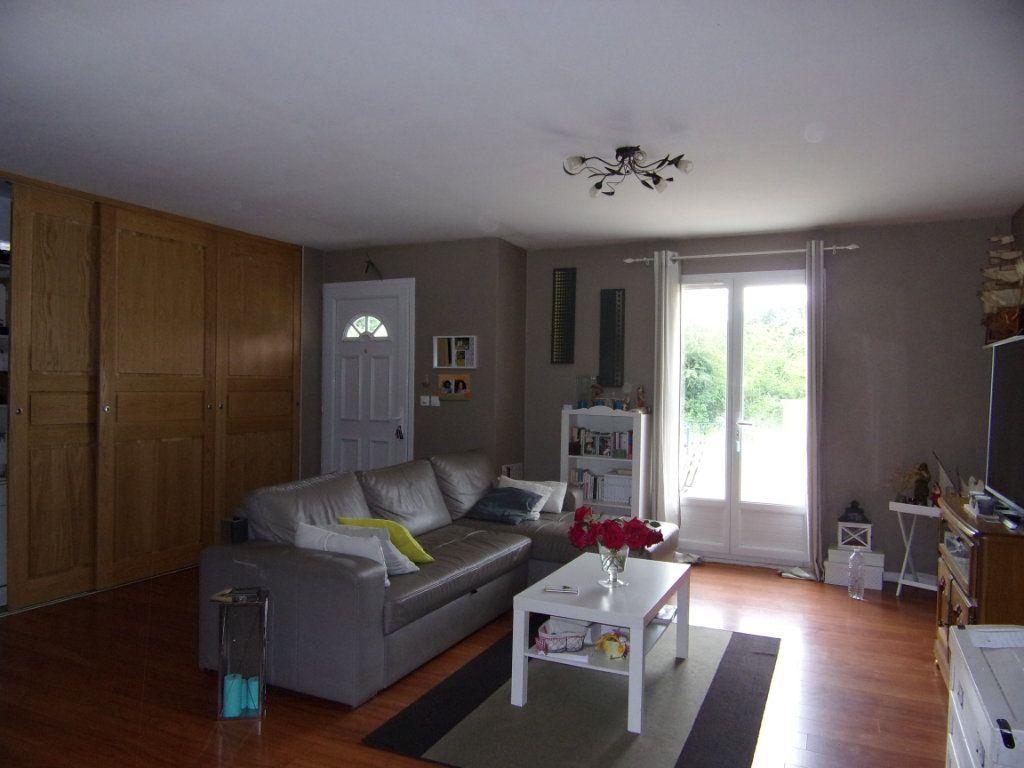 Maison à louer 5 100m2 à Vieilles-Maisons-sur-Joudry vignette-2