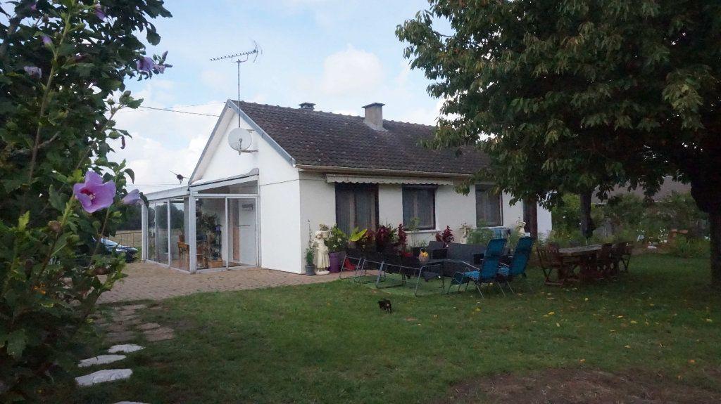 Maison à vendre 4 74m2 à Varennes-Changy vignette-1