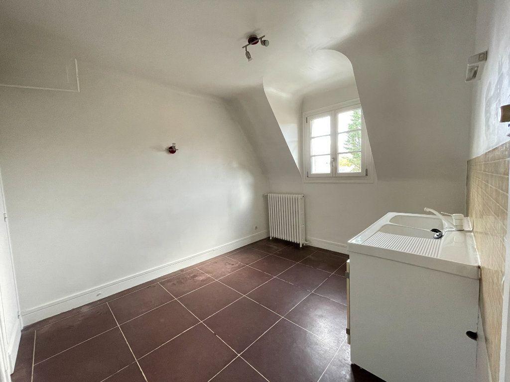 Appartement à louer 2 47.63m2 à Évreux vignette-2