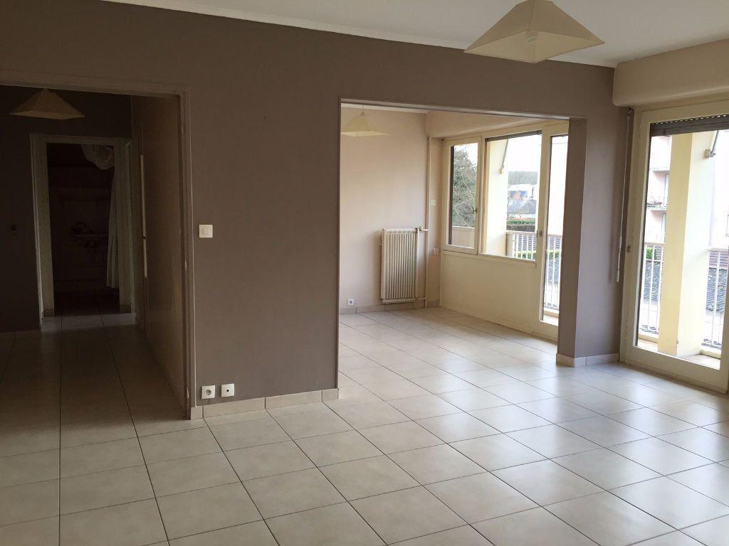 Appartement à vendre 5 99m2 à Évreux vignette-1