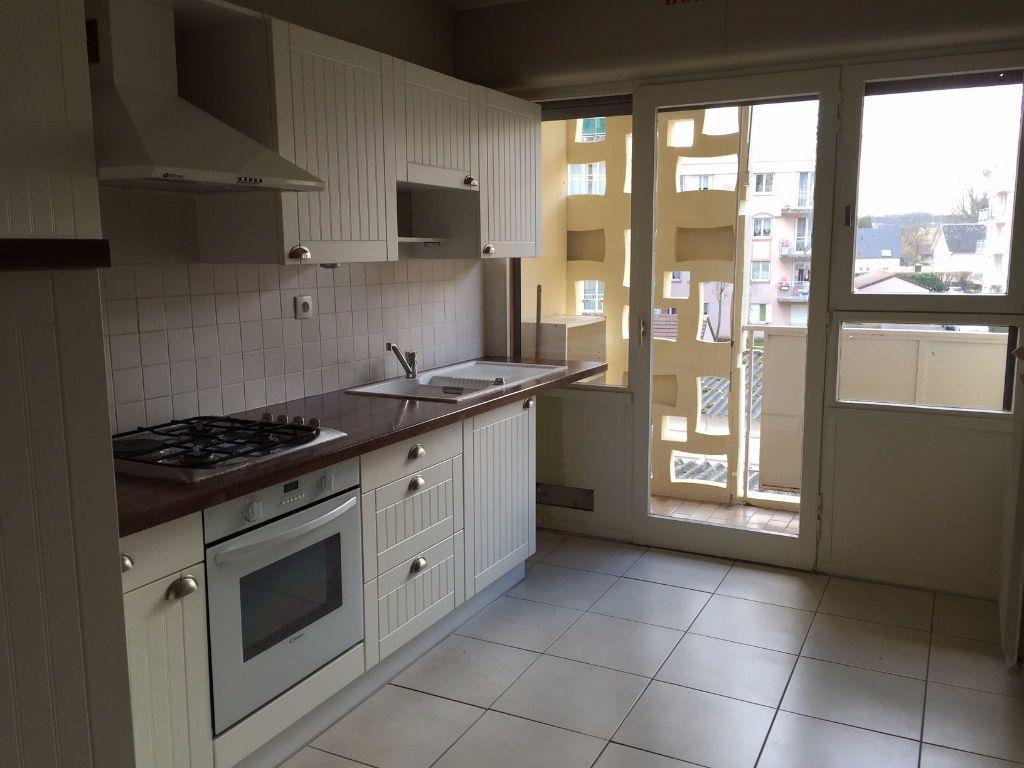 Appartement à vendre 5 99m2 à Évreux vignette-2