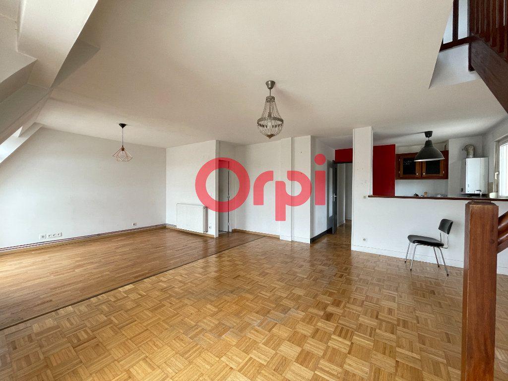Appartement à vendre 5 87.11m2 à Évreux vignette-2
