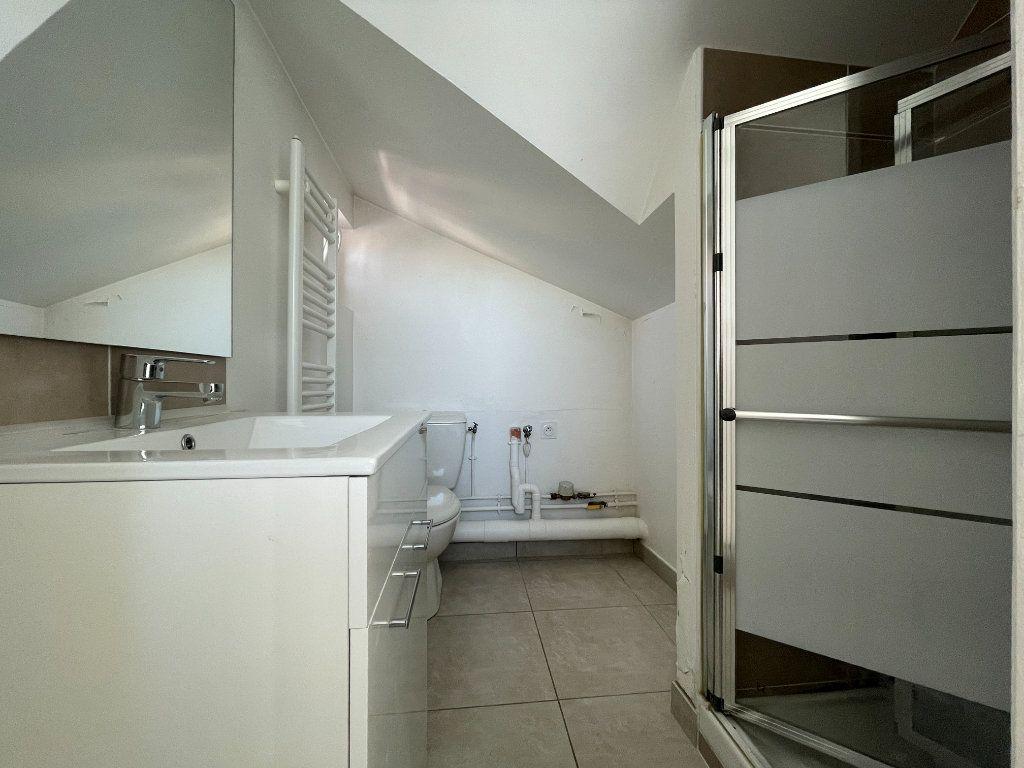Appartement à louer 1 19.7m2 à Évreux vignette-6