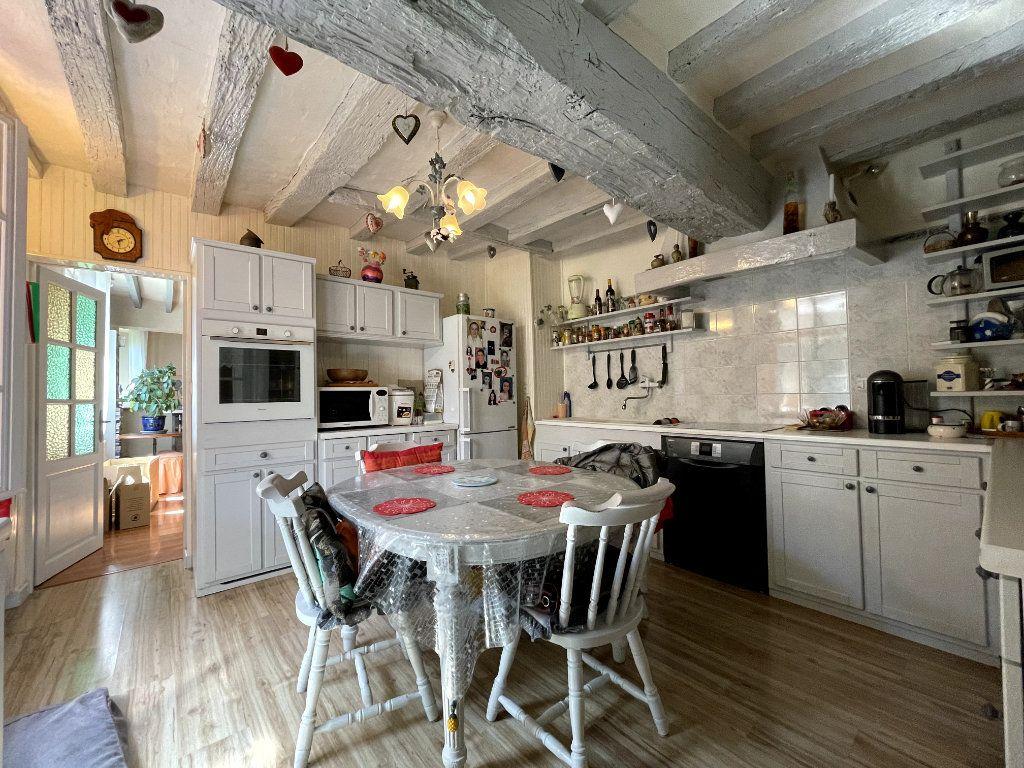 Maison à vendre 7 215m2 à Conches-en-Ouche vignette-6