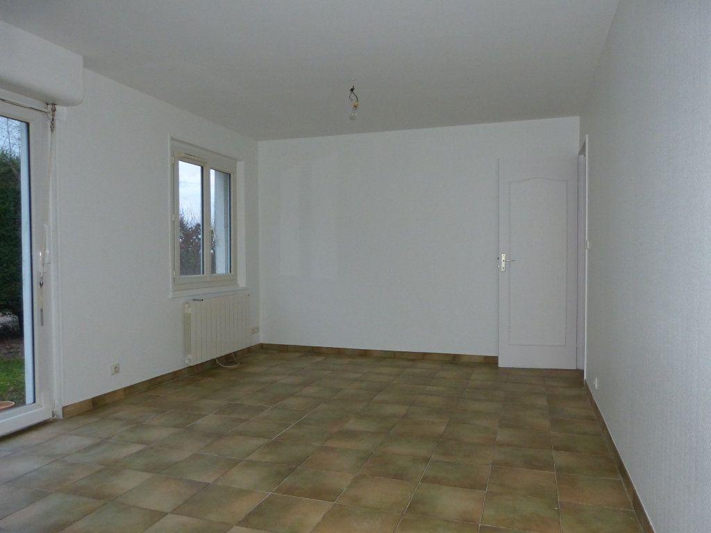 Maison à louer 3 67.43m2 à Quessigny vignette-1
