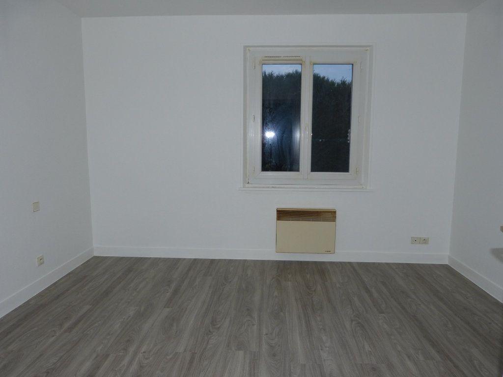 Maison à louer 3 67.43m2 à Quessigny vignette-7