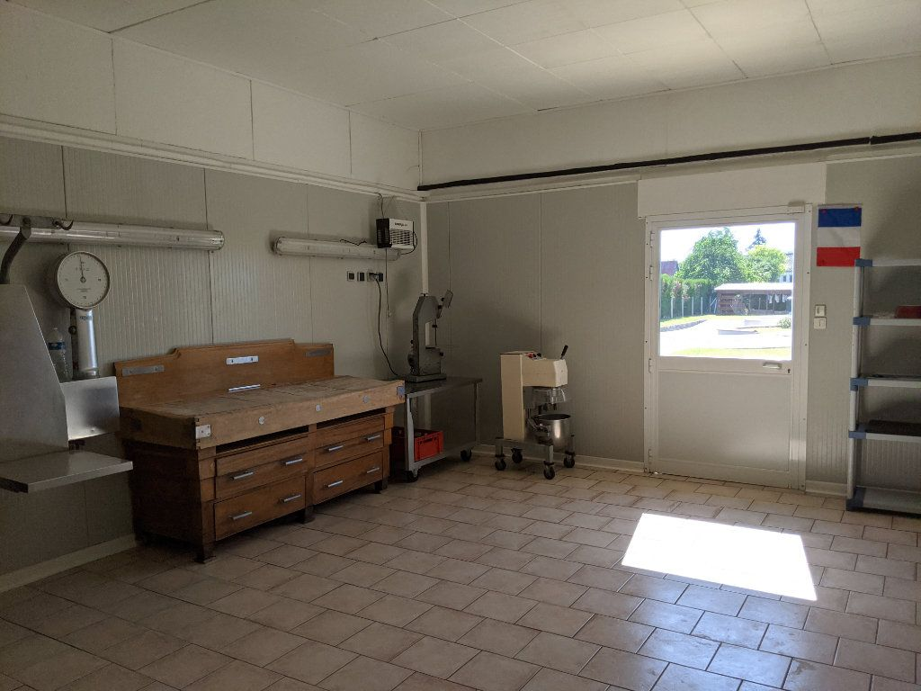 Maison à vendre 8 250m2 à Saint-Aquilin-de-Pacy vignette-17