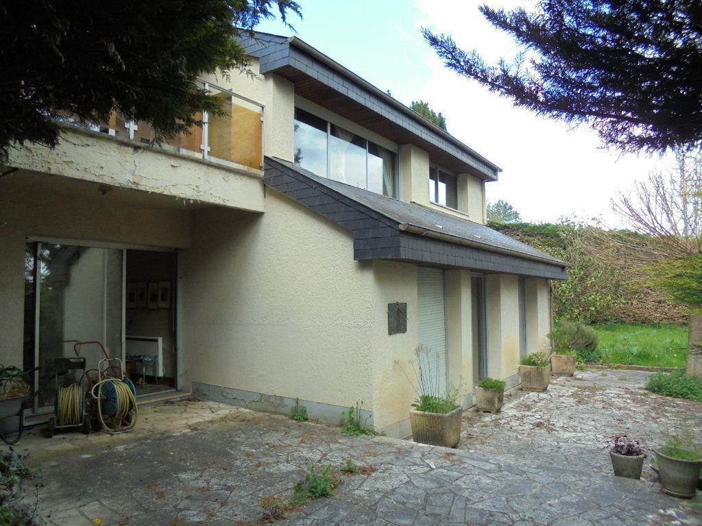 Maison à vendre 8 230m2 à Évreux vignette-1