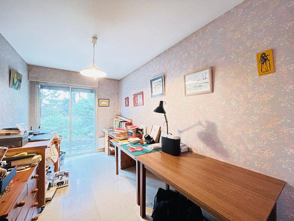 Maison à vendre 8 230m2 à Évreux vignette-9