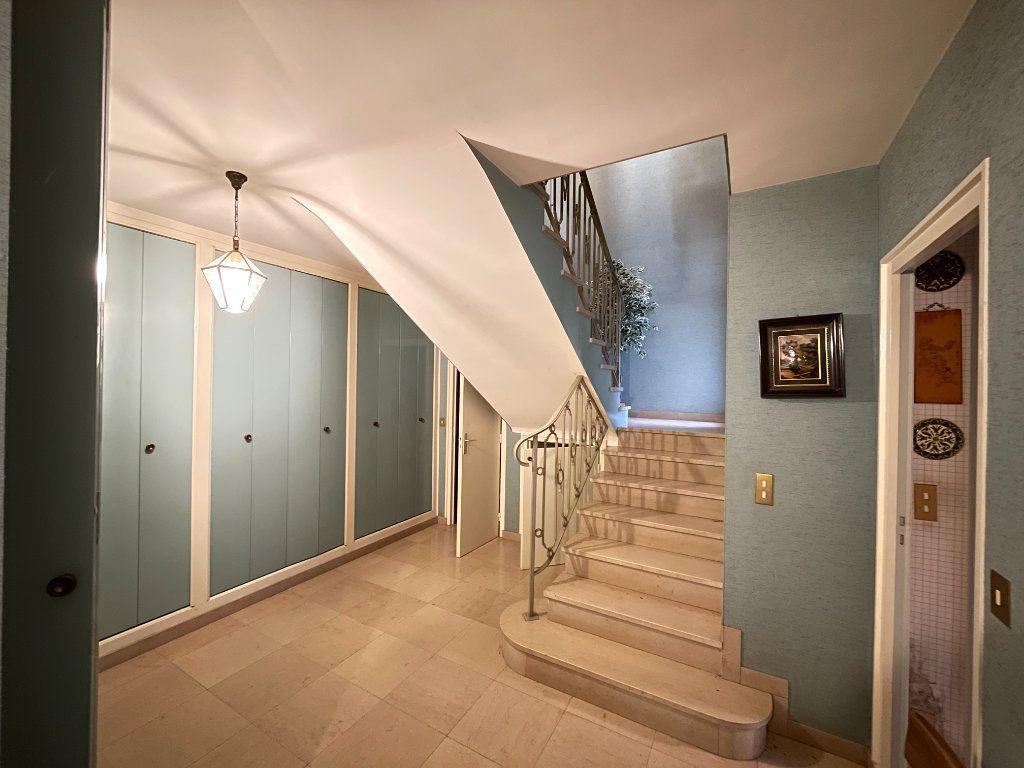 Maison à vendre 8 230m2 à Évreux vignette-10