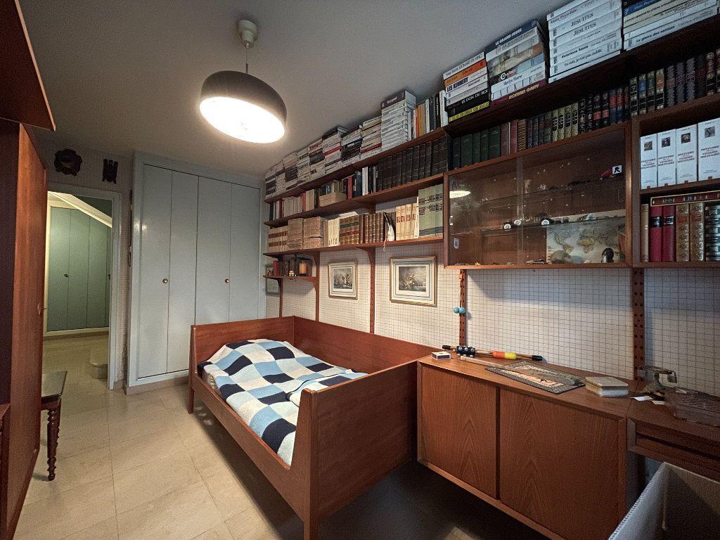 Maison à vendre 8 230m2 à Évreux vignette-15