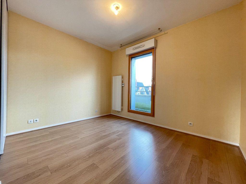 Appartement à louer 3 61.66m2 à Évreux vignette-7
