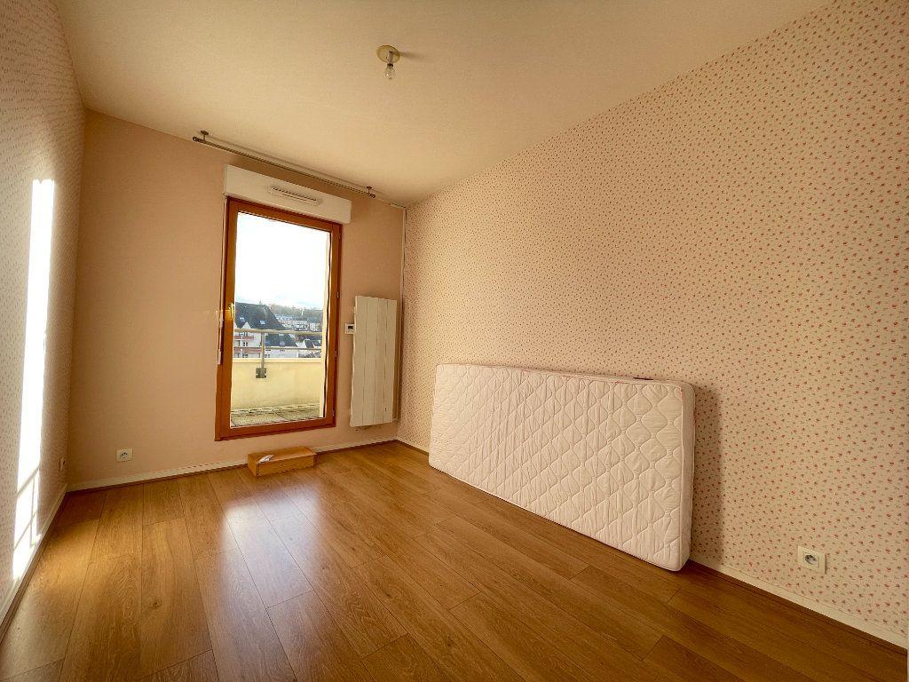Appartement à louer 3 61.66m2 à Évreux vignette-11