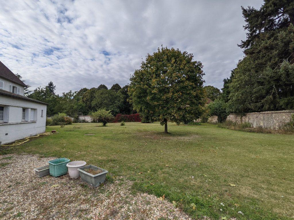 Maison à vendre 12 285m2 à Illiers-l'Évêque vignette-4