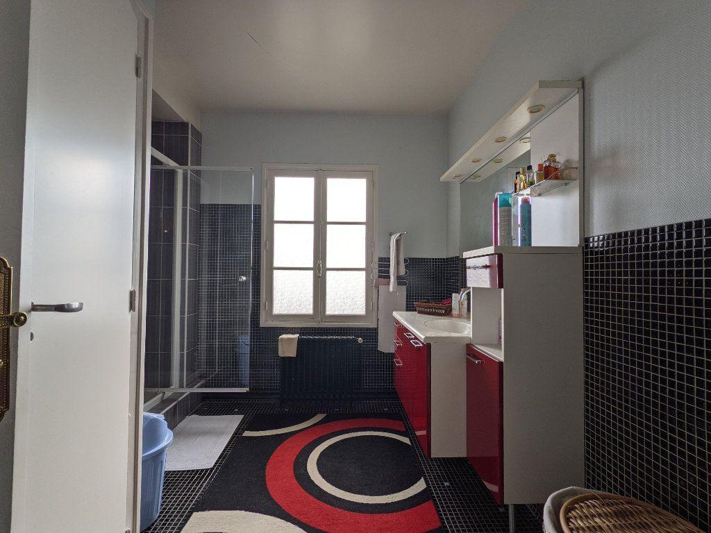 Maison à vendre 12 285m2 à Illiers-l'Évêque vignette-10