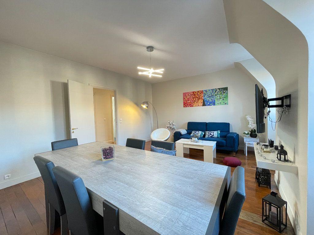 Appartement à louer 5 100.35m2 à Évreux vignette-1