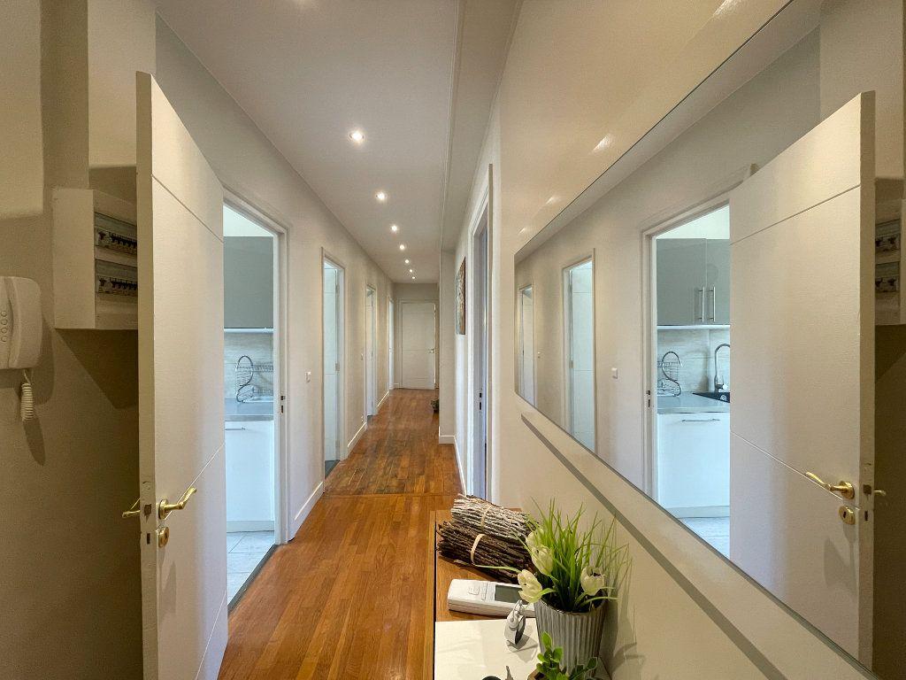 Appartement à louer 5 100.35m2 à Évreux vignette-3
