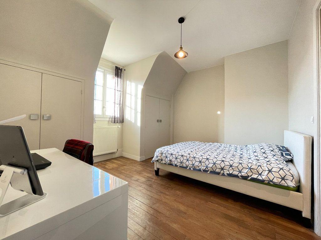 Appartement à louer 5 100.35m2 à Évreux vignette-8
