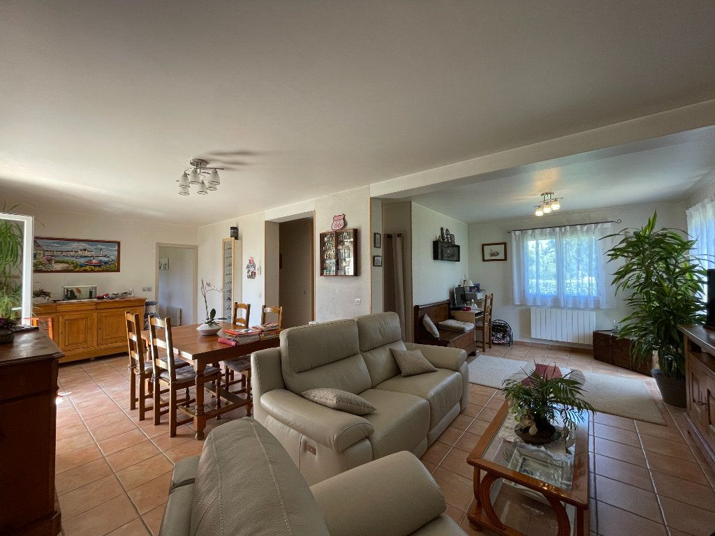 Maison à vendre 6 125.51m2 à Conches-en-Ouche vignette-2