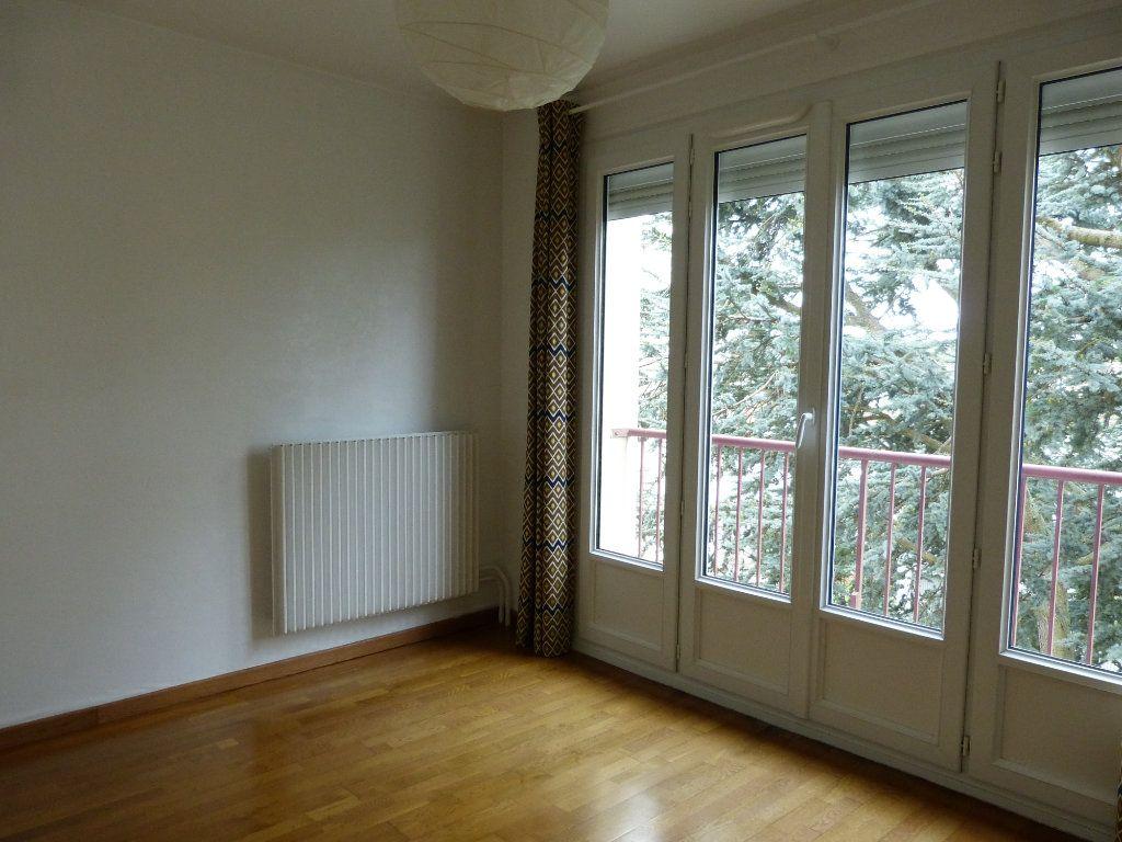 Appartement à louer 4 83.58m2 à Évreux vignette-12