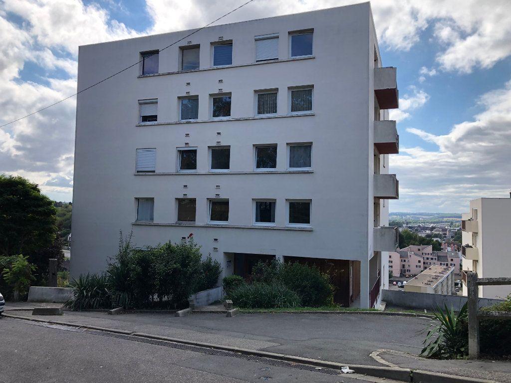 Appartement à louer 3 59.36m2 à Évreux vignette-1