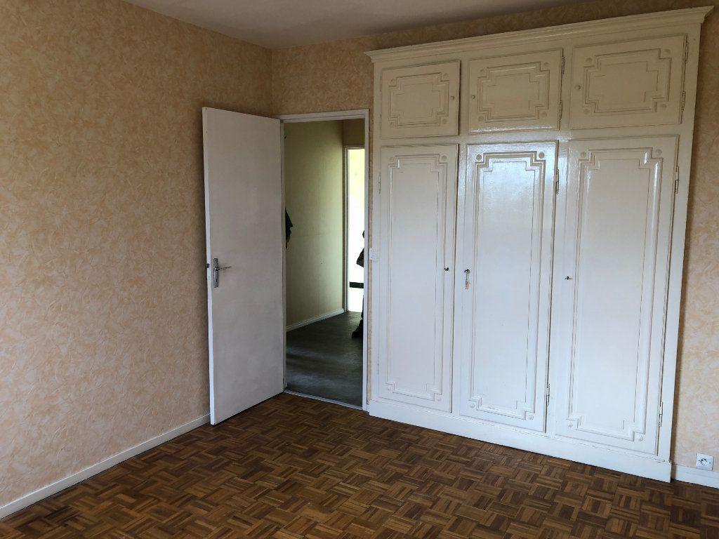 Appartement à louer 3 59.36m2 à Évreux vignette-9