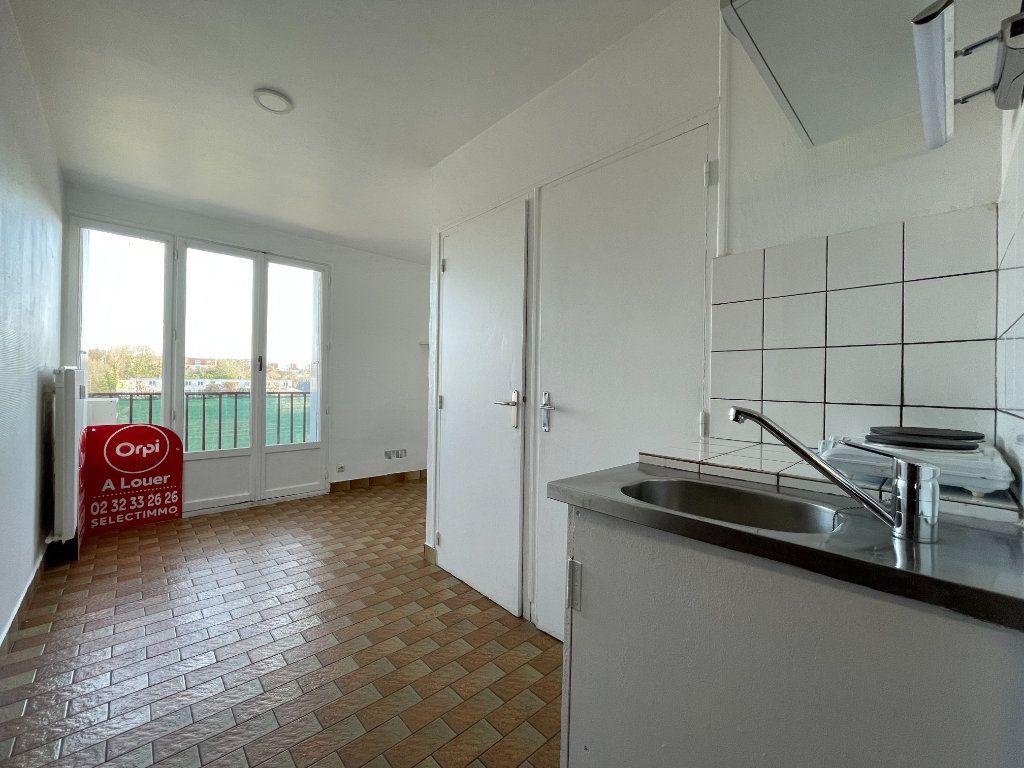 Appartement à louer 1 12.95m2 à Évreux vignette-6