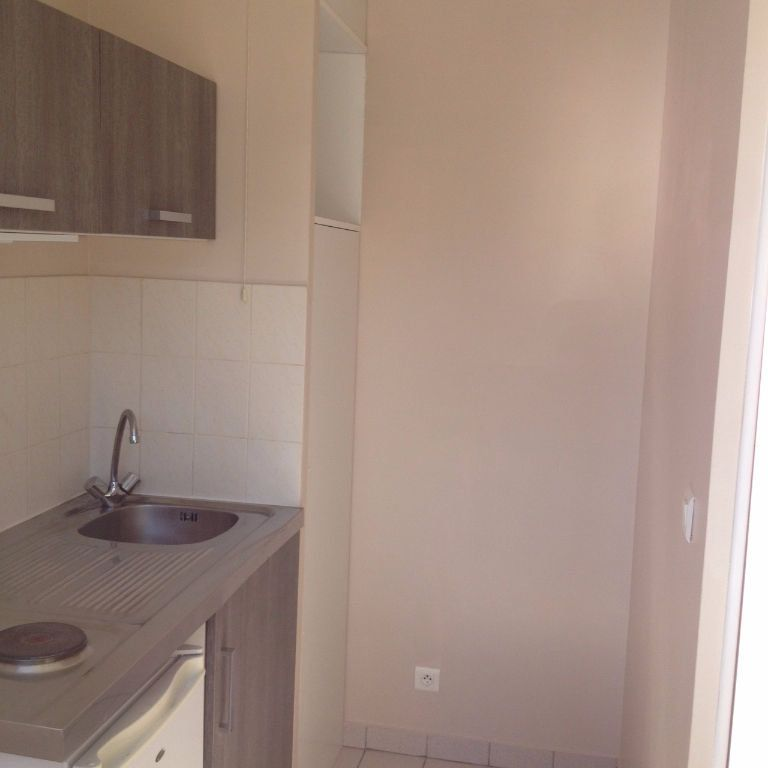 Appartement à louer 1 18m2 à Conches-en-Ouche vignette-6
