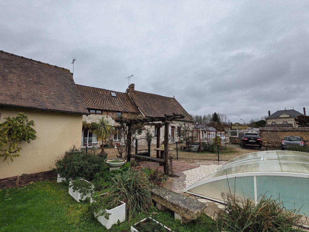 Maison à vendre 18 450m2 à Jouy-sur-Eure vignette-1