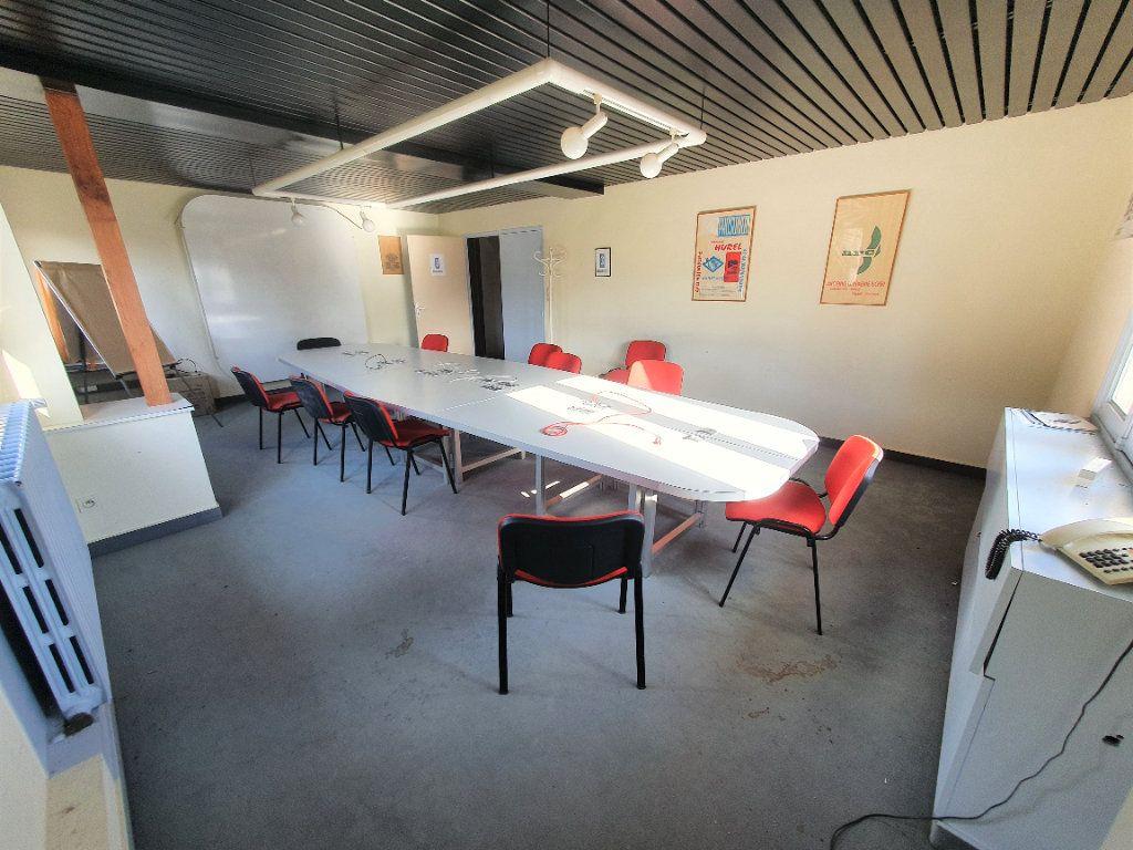 Maison à vendre 33 750m2 à Aunay-sous-Crécy vignette-14