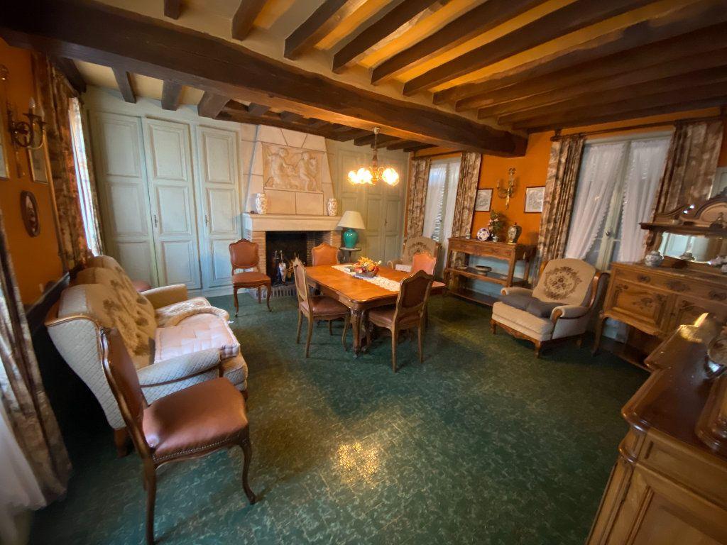 Maison à vendre 6 200m2 à Sylvains-les-Moulins vignette-3
