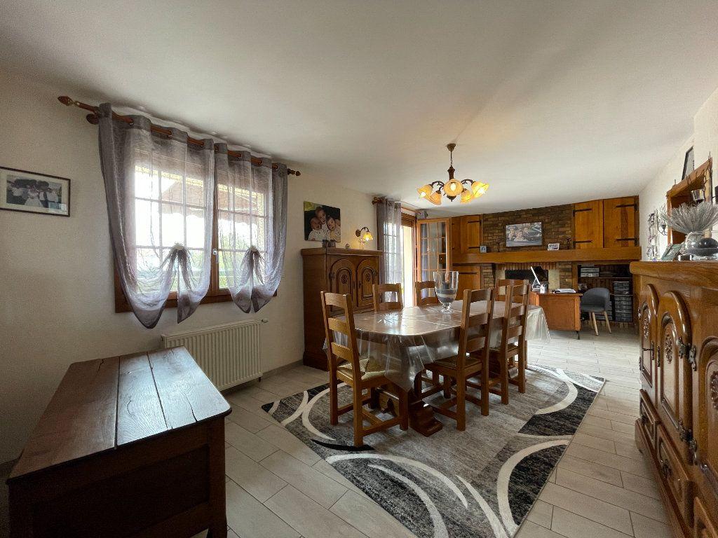 Maison à vendre 9 234m2 à Le Chesne vignette-4